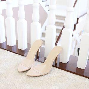 Sz 8.5 carmel-01A neutral clear vinyl heel mule